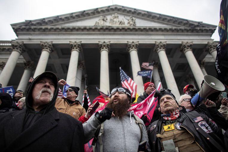 Pro-Trump-betogers bij het Capitool in Washington, D.C. Beeld REUTERS