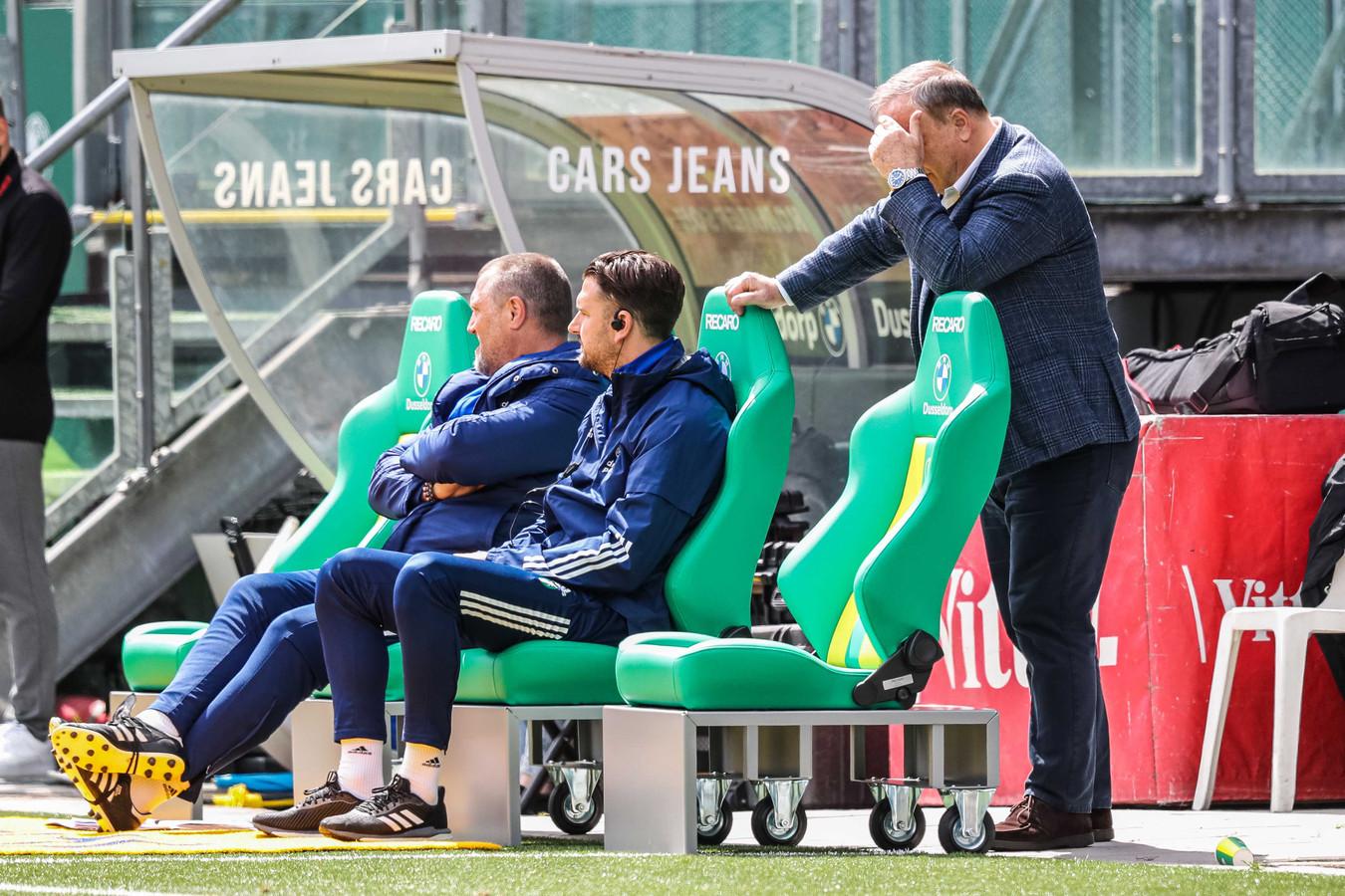 Ongeloof bij Feyenoord-trainer Dick Advocaat.