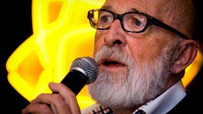 """Vader Abraham (84) wil niet verzuren in de herfst van zijn leven: """"Opstaan vind ik één groot feest"""""""