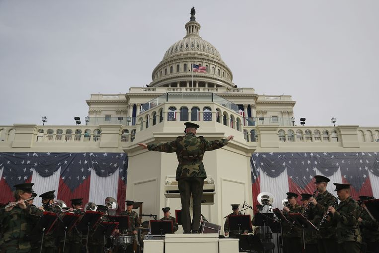 De Marine Band repeteert voor de beëdiging van Donald Trump als 45ste president van de VS in januari, 2017. Beeld AFP