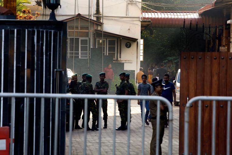 Een speciale politie-eenheid in Colombo, Sri Lanka.  Beeld EPA