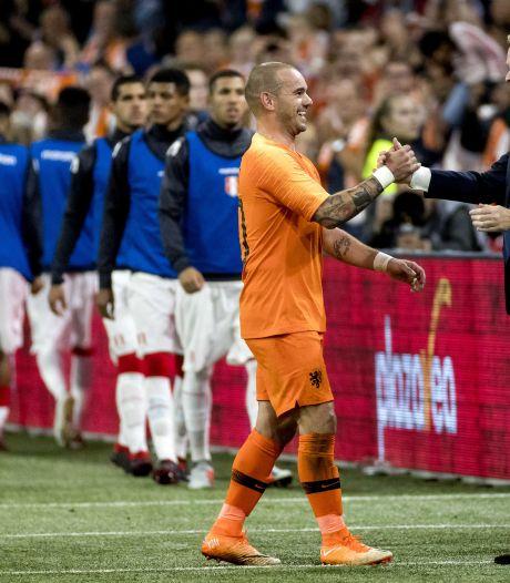Koeman: 'Rentree Robben is geweldig, rentree Sneijder zie ik niet gebeuren'