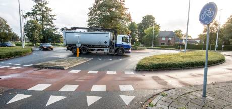 Drukke Rijssensestraat-Smidsweg in Nijverdal niet afgesloten voor vrachtverkeer