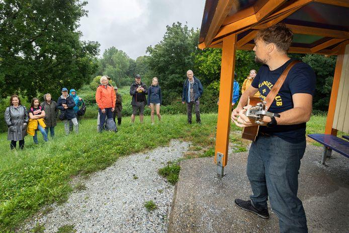 Tim Knol treedt op in Natuurpark Lelystad: ,,Een hoog padvinder-gehalte''.