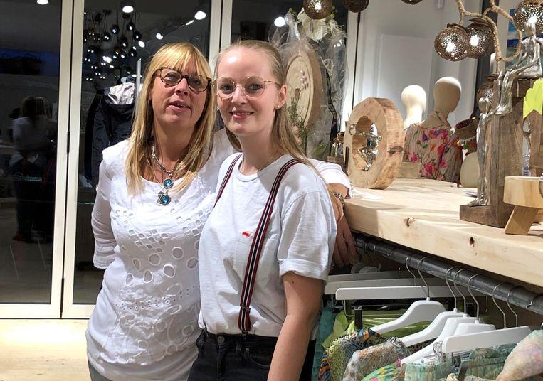 Virginie Parasie met dochter Phaedra Van Kerrebrouck