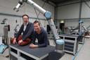 Smart Robotics-oprichters Mark Menting en Heico Sandee. De Eindhovense startup ontwikkelt zijn robots zelf en schrijft daar ook eigen software voor.