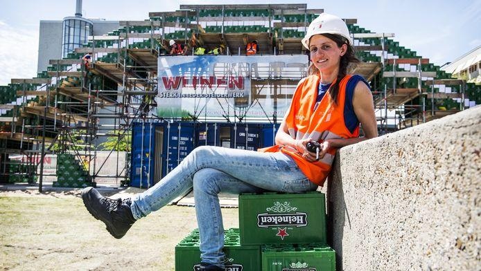 Organisator Cleo Jongedijk van TU Delft voor de recordbrug van 2015.