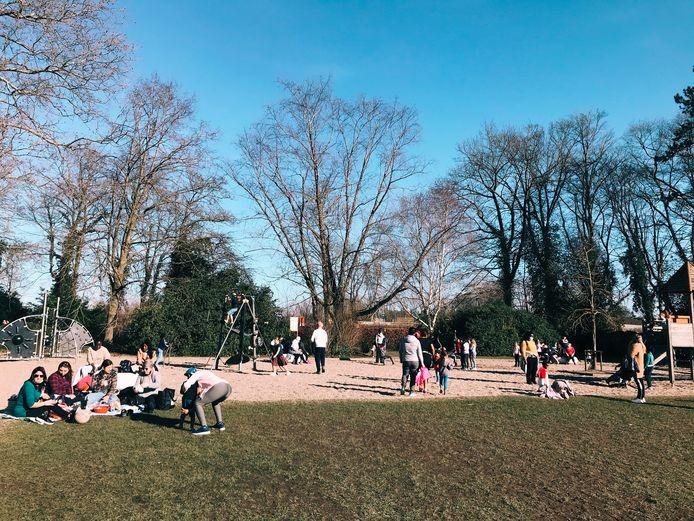 Heel wat mensen in het stadspark van Aalst genoten van het goede weer.