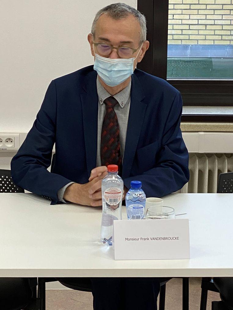 Federaal minister van Volksgezondheid Frank Vandenbroucke volgde meteen de experts – hij snapt wat er gaande is. Beeld BELGA_HANDOUT