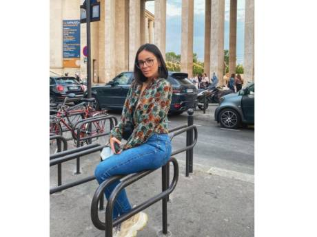 """""""N'y allez pas, pire adresse"""": Agathe Auproux recalée d'un restaurant à cause de sa tenue"""