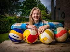 Ingetogen Apeldoornse volleybalster Lianne (18) gaat zich mentaal sterken op Amerikaanse universiteit