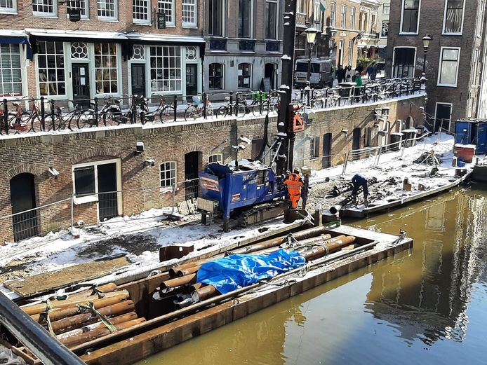 Werkzaamheden aan werfkelders bij de Lichte Gaard in hartje Utrecht