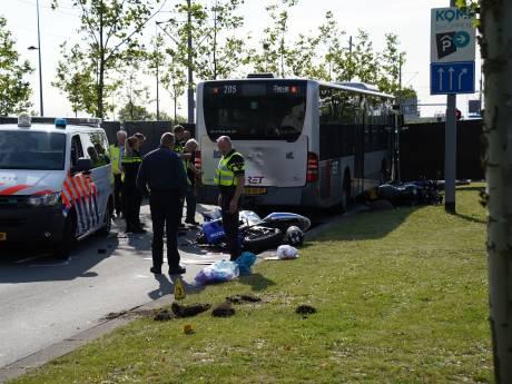 Motorrijder overlijdt na botsing met RET-bus tijdens politieachtervolging