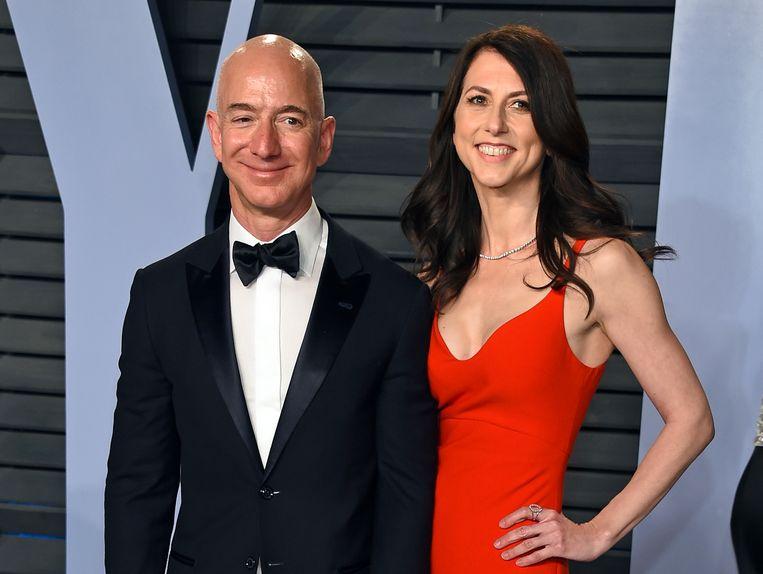 MacKenzie Bezos aan de zijde van haar ex-man Jeff in 2014.