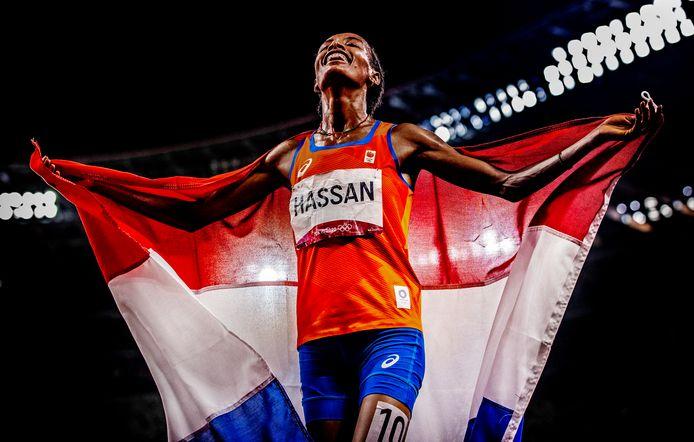 Sifan Hassan kan niet geloven dat ze de 5000 meter gewonnen heeft