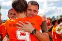 Coach Jurgen Arnouts met Pim Goossens