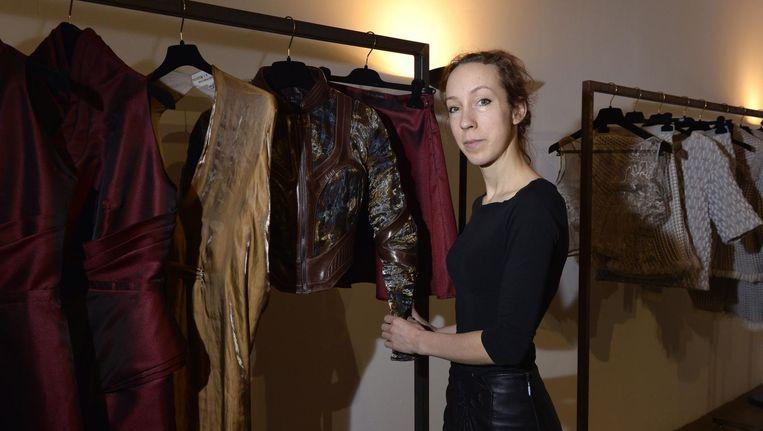Van Herpen bij haar najaarscollectie in 2015. Beeld afp