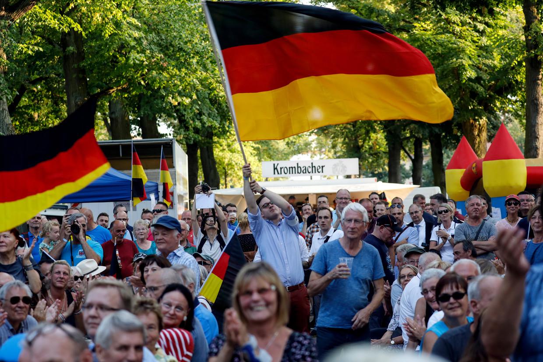 Aanhangers van AfD in Königs Wusterhausen. Beeld EPA
