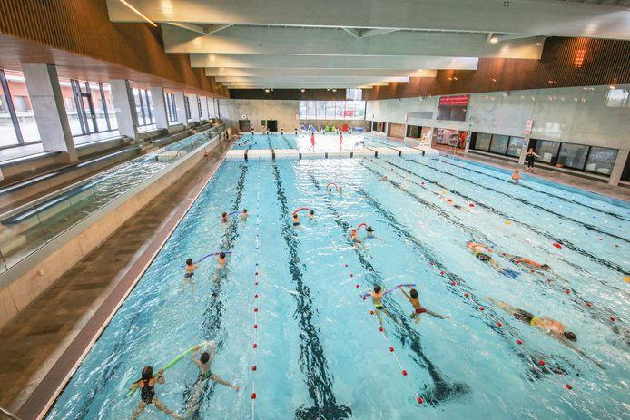 Het zwembad in Kortrijk.