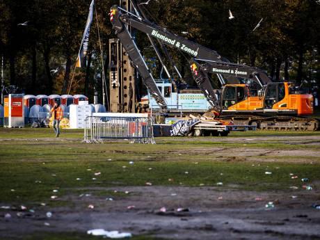 Bouwers gaan beschadigd Malieveld herstellen