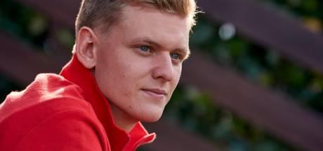 Mick Schumacher met steun van Ferrari klaar voor F1: 'De auto ziet er beestachtig uit'