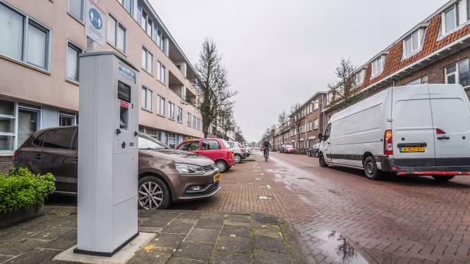 Lijft universiteit straks 2500 plekjes in? 'Maak TU niet de baas over parkeerplaatsen voor Delftenaren'