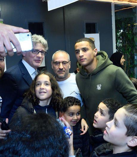 Een selfie in sporthal Zielhorst met de rijzende voetbalster, Mohamed Ihattaren