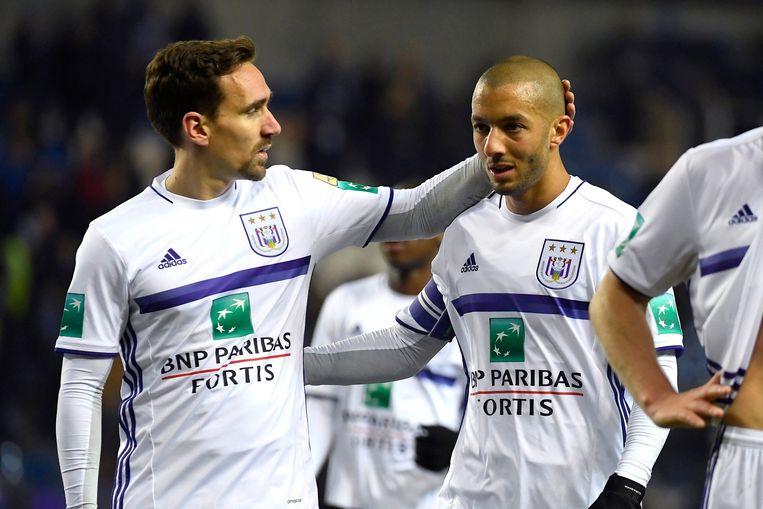 Anderlechtspelers Sven Kums en Souffiane Hanni. Beeld Photo News