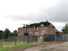 Eigenaar van afgebrande seksclub in Wadenoijen wil zo snel mogelijk weer open