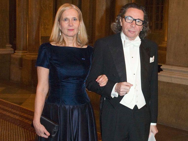 Jurylid Katarina Frostenson en echtgenoot Jean-Claude Arnault. De man wordt beschuldigd van seksueel overschrijdend gedrag. Beeld AP