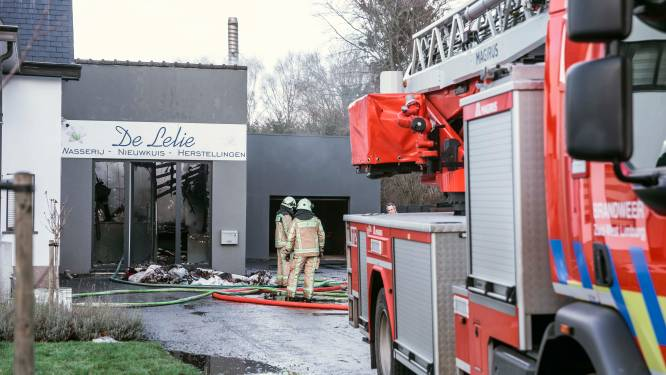 Uitslaande brand verwoest wasserij De Lelie