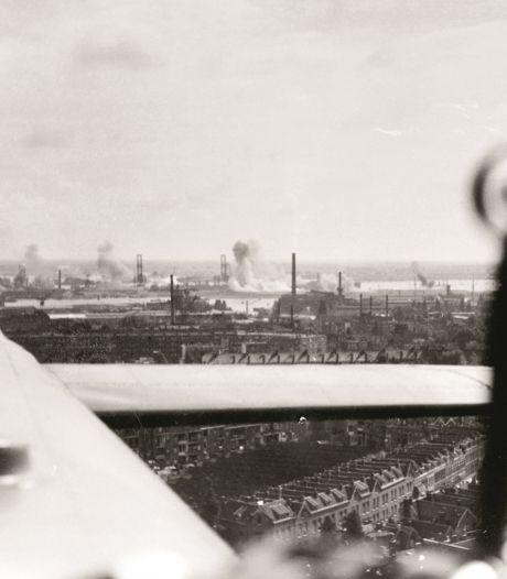 Britse bommenwerper landt als James Bond in hartje Rotterdam en botst op een poffertjeskraam