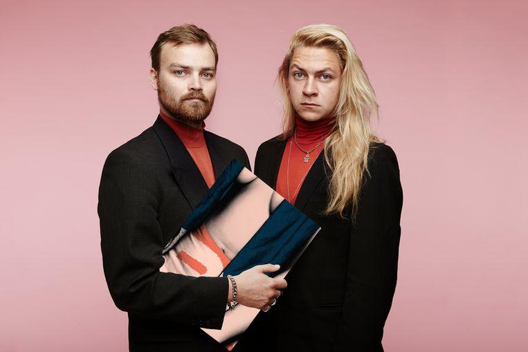 Tim Olivier Somer en Tarik Moree, makers van de voorstelling Kunst. Beeld ©DBPHOTO