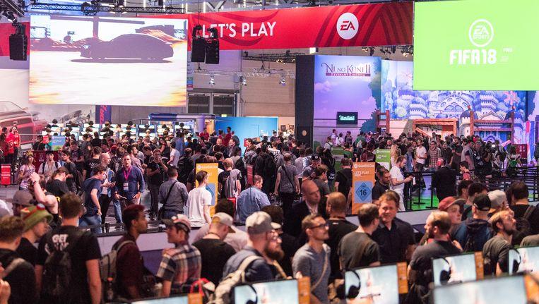 Veel volk op Gamescom in Keulen. Beeld getty