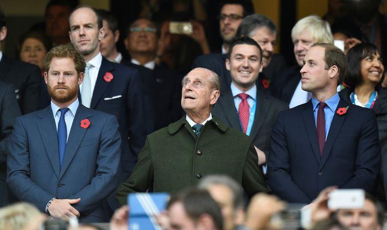 Prins William en prins Harry reageren voor het eerst op het overlijden van hun grootvader.  Beeld REUTERS