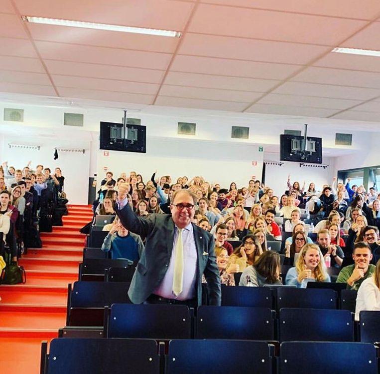 Christoph D'Haese bij de studenten in Gent.
