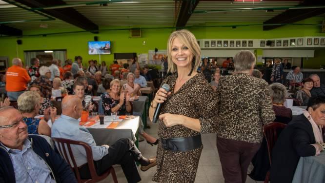 Swingen met Laura Lynn tijdens de Seniorenweek