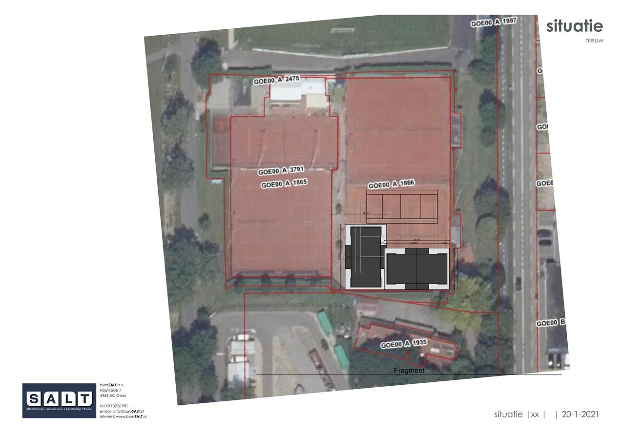 Het tennispark van De Goese Maan, met rechtsonder de plek waar de padelbanen moeten komen.