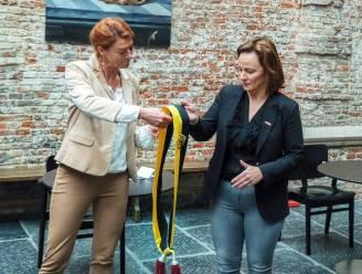 Burgemeester Ruth Vandenberghe schuift vier bevoegdheden naar schepen Stephanie Demeyer door