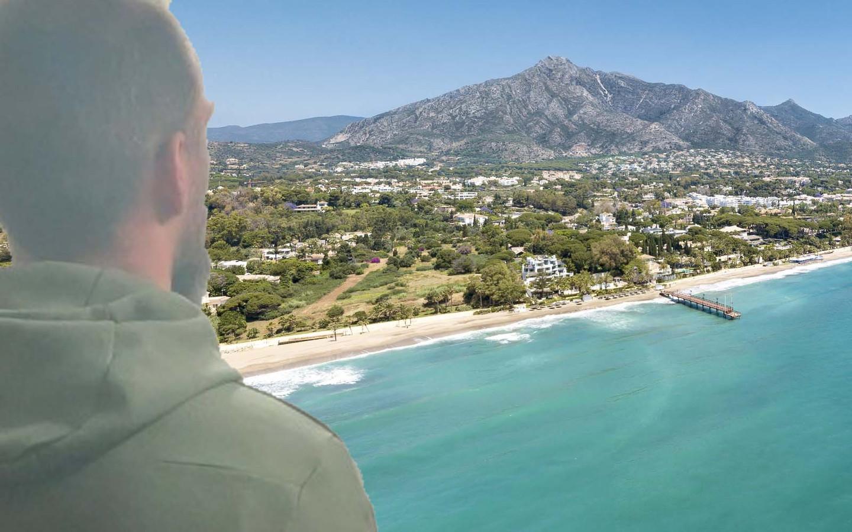 De Belg Y.M.W. (33), een van de meest gezocht drugs- en wapenhandelaars van België, vertoefde met zijn gezin al een tijd aan de Costa del Sol.