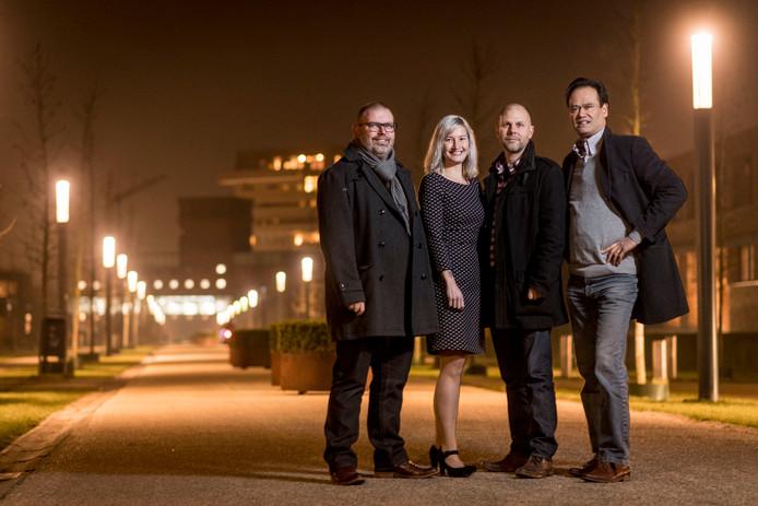 DPE-voorman Morgan Brejaart (tweede van rechts) met Arjan Brouwer (links), Danielle de Vries en Roy Lucardie (rechts).