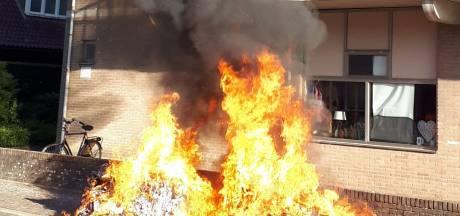 Wijkagent vreesde dat contrainerbrand zou overslaan naar flat in Winterswijk: 'Dat ging maar net goed!'