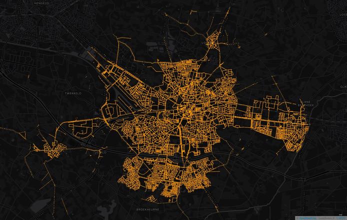 Alle armaturen (straatlantaarns) in Enschede. Illustratie voor bij een verhaal over straatverlichting en het gebruik van ledlampen. Wat kan de gemeente besparen?