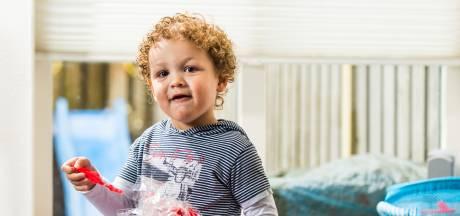 Mama kan geen cadeautje betalen: 'Probeer dat maar eens uit te leggen aan een kind van twee'