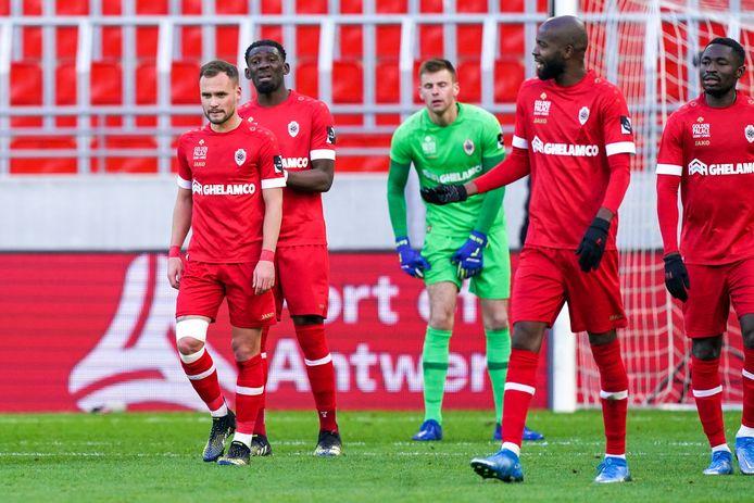 Verstraete & co balen na de zware nederlaag tegen Anderlecht.