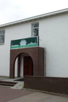 Twee maanden cel geëist voor vernielingen bij moskee en kerk in Veenendaal