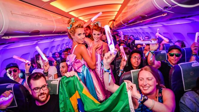 Speciale 'party flights' van Tomorrowland zorgen voor feestje op 10.000 meter hoogte