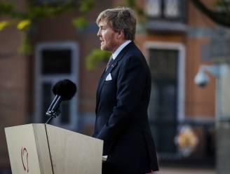 """Nederlandse Koning haalt in historische toespraak kritisch uit naar eigen overgrootmoeder: """"Burgers voelden zich in de steek gelaten"""""""