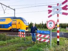 Onbewaakte overweg in Biezenmortel moet openblijven volgens ruiters: 'omrijden is gevaarlijker'
