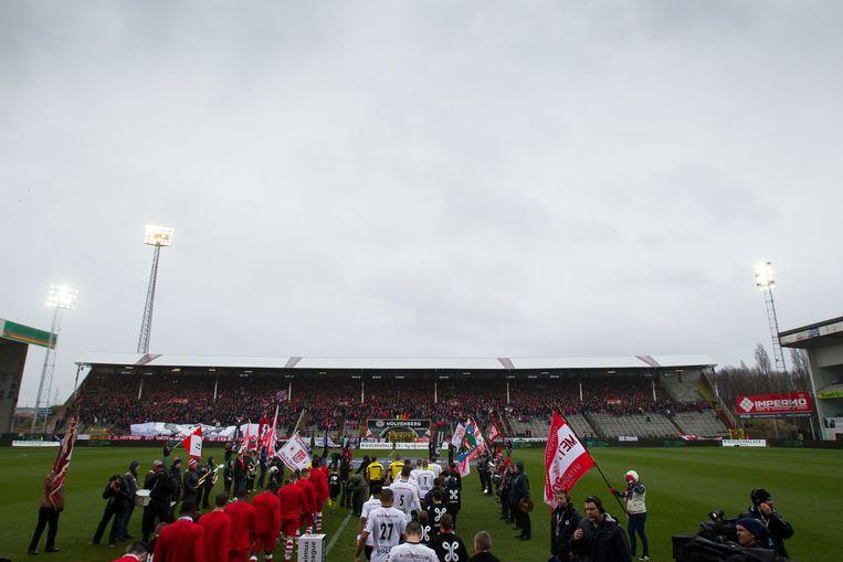 De Bosuil, voor de gewonnen titelmatch tegen Roeselare. Beeld BELGA